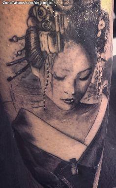 Tatuaje hecho por Fernando de la Iglesia, de Valencia (España). Si quieres ponerte en contacto con él para un tatuaje o ver más trabajos suyos visita su perfil: http://www.zonatattoos.com/delaingle  Si quieres ver más tatuajes de geishas visita este otro enlace: http://www.zonatattoos.com/tag/208/tatuajes-de-geishas  #Tatuajes #Tattoos #Ink #Geishas