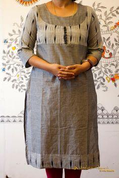 Churidar Designs, Kurta Designs Women, Tunic Designs, Dress Neck Designs, Cotton Saree Blouse Designs, Kurta Patterns, Simple Kurti Designs, Kurta Neck Design, Stylish Blouse Design