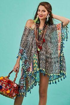 hippie style 479703797799233726 - Antica Sartoria Poncho – Black / Multi Source by Boho Chic, Bohemian Mode, Bohemian Style, Bohemian Outfit, Hippie Bohemian, Ibiza Fashion, 70s Fashion, African Fashion, African Style