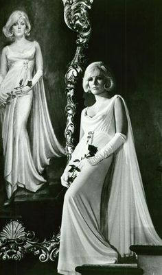 Kim Novak in The Legend of Lylah Clare (1968)