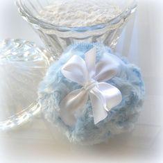 POWDER PUFF Ice Blue light blue pouf poudre by BonnyBubbles