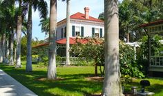 Edison and Ford Winter Estates - Worth the visit. My son wrote this post for the Wandering Educators youth travel blogging mentorship program.