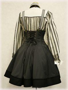 A Touch of Crimson Kawaii Fashion, Lolita Fashion, Gothic Fashion, Fashion Dolls, Vintage Fashion, Fashion Outfits, Diesel Punk, Mori Girl, Steampunk