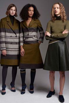 Carolina Herrera Pre-Fall 2017 Fashion Show Collection