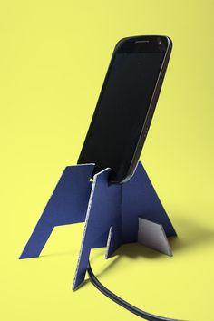 Diy tablet holder for bed diy tablet stand for bed smartphone tablet stand made of cardboard Tablet Holder, Tablet Stand, Phone Holder, Ipad Stand, Diy Phone Stand, Diy Phone Case, Mobile Stand, Smartphone, Elderly Home