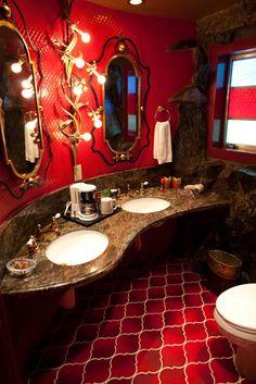 Bathroom Hyaku Madonna Inn