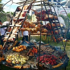 Barbecue in Argentina - BBQ in Argentina, - Outdoor Fire, Outdoor Living, Francis Mallman, Open Fire Cooking, Fire Food, Open Fires, Bbq Grill, Grilling Burgers, Grilling Tips