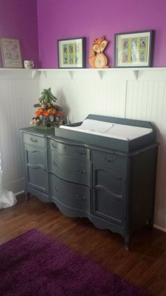 Itsy Bits and Pieces: A Fun Dresser Makeover using Chalky Finish paint.