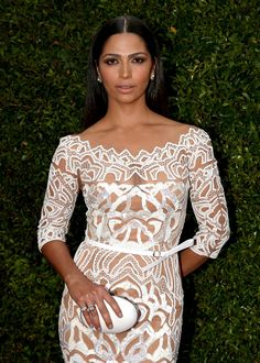 The best beauty looks from the 2014 Emmys — Camila Alves