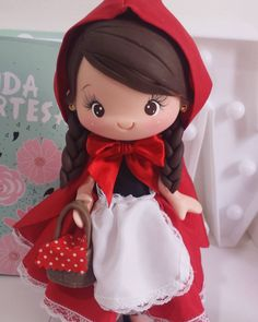 Gold Standard Porcelain China Value Refferal: 3567774086 Polymer Clay Figures, Polymer Clay Dolls, Fondant Figures, Polymer Clay Projects, Diy Clay, Red Riding Hood Party, Little Red Ridding Hood, Fondant Decorations, Cute Clay