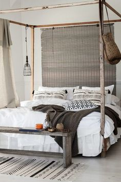 You'll be smitten by these 9 dreamy bed benches (Daily Dream Decor) Ethnic Bedroom, Boho Chic Bedroom, Stylish Bedroom, Canopy Over Bed, Coastal Bedrooms, Country Bedrooms, Canopy Design, Farmhouse Bedroom Decor, Dream Decor