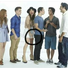 Literally Dylan and Posey are the only ones unaware of what's happening here.