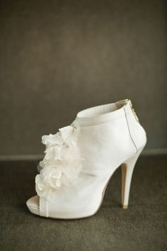 bridal booties. Photography by harwellphotography.com, Styling by nicholaskniel.com