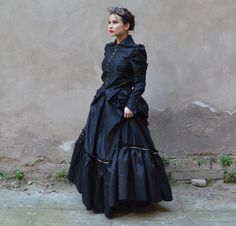 """""""Everything Old Is New Again: The Victorian Roots of the Steampunk Movement. Thesis] University of Houston-Clear Lake, Winter Quarters, University Of Houston, Beautiful Costumes, Belle Epoque, Ball Gowns, Steampunk, Victorian, Street Style, Culture"""