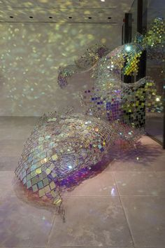 First Look: New Sparkling Chain Link Fence Sculpture - My Modern Metropolis