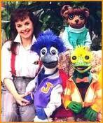 Under the Umbrella Tree. I fricken loved this show as a kid! Ich habe diese Show als Kind geliebt ! 90s Childhood, My Childhood Memories, Sweet Memories, Umbrella Tree, Back In My Day, 90s Cartoons, 90s Nostalgia, 80s Kids, Ol Days