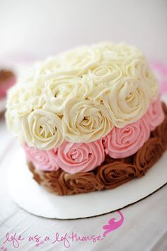 Neapolitan Cake by Holly at Life as a Lofthouse. almost too pretty to eat! Beautiful Cakes, Amazing Cakes, Beautiful Life, Neapolitan Cake, Gateaux Cake, Love Cake, Creative Cakes, Cakes And More, Let Them Eat Cake