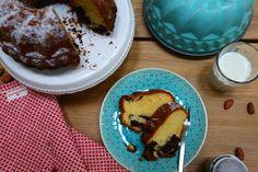 Der Klassiker schlechthin. Ein richtig saftiger Marmor Gugelhupf, den lieben alle. Rezept findet ihr auf meinem Blog. French Toast, Pudding, Breakfast, Desserts, Blog, Marble, Oven, Dessert Ideas, Chocolates