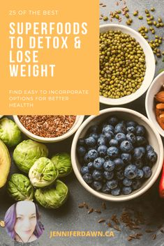 These 25 Superfoods will turn you into a fuel filled, fat burning machine! Plus check out the other health benefits each one has. Best Weight Loss Foods, Weight Loss Detox, Lose Weight, Natural Detox, Natural Health, Good Healthy Recipes, Healthy Foods, Foods For Anxiety, Foods For Brain Health