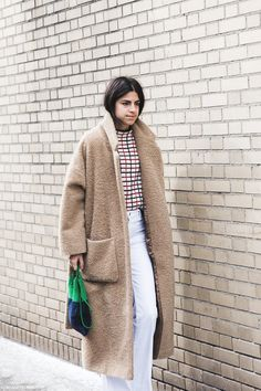 New_York_Fashion_Week-Fall_Winter_2015-Street_Style-NYFW-Leandra-medine-Oversize_Coat-White_Flared_Jeans-Checked_Top-4