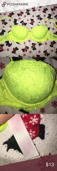 CUTE PINK BRA SALE🎉 new. very cute bright yellow bra. size 32 D. no tags but perfect condition!! surprise gift with every purchase ❤ PINK Victoria's Secret Intimates & Sleepwear Bras