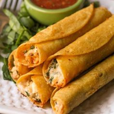 Best Chicken Taquitos Recipe (+VIDEO) | Lil' Luna Mexican Food Recipes, New Recipes, Cooking Recipes, Favorite Recipes, Healthy Recipes, Ethnic Recipes, Cake Recipes, Mexican Dishes, Appetizers