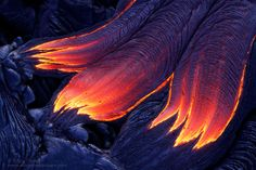 Dragon's Claw - A lateral breakout from the side of a tube results in three separate sources feeding a single stream of lava, its skin rapidly cooling, creating a wrinkly textured surface. Dragon Claw, Lava Flow, Top Photographers, Big Island, Pretty Cool, Mother Earth, Geology, Background Images, Claws