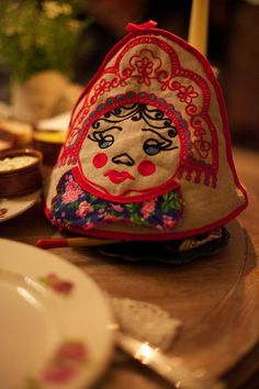 A Russian tea cosy Photography by Neil Wissink. Legend has it that Russian hostess Mari Vanna welcomed visitors to her St Petersburg home, kept them fed, and encouraged them to return whenever they wished. The London outpost of this restaurant is named in her honour! (branches in New York, Moscow and St Petersburg)