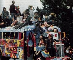 Hippies vw-bus-love