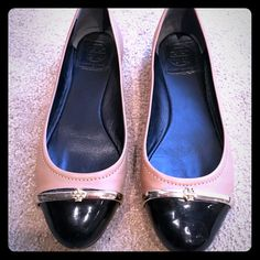 Tory Burch Flats In great overall condition-- bar on left shoe is slightly forward & there is a light scuff on the under toe of the same shoe, please see photos. Neither are really noticeable. Lowest unless bundled with other designer items. Tory Burch Shoes Flats & Loafers