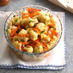 Marinated Cauliflower Salad Recipe -I often serve this as an appetizer alongside. - Recipes to try - Blumenkohl Potluck Salad, Potluck Dishes, Potluck Recipes, Salad Recipes, Cooking Recipes, Healthy Recipes, Detox Recipes, Vegetable Recipes, Easy Recipes