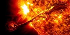 A NASA satellite spots a HUGE Coronal Mass Ejection (CME) from the Sun. This is a REAL image made from combined wavelengths. The CME was not aimed directly at Earth, but did cause auroral activity on September Image courtesy NASA SDO Cosmos, Space Photos, Space Images, Les Satellites, Nasa Goddard, Astronomy Pictures, Hubble Pictures, To Infinity And Beyond, Interstellar