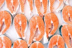 There's A Pretty Good Chance Your Salmon Isn't What You Think It Is How Seafood Fraud Tricks Consumers Into Buying Lower Quality Salmon Superfoods, Frozen Fish Fillets, Seafood Online, Alaska Seafood, Frozen Salmon, Frozen Seafood, Sustainable Seafood, Crab Legs, Low Carbohydrate Diet