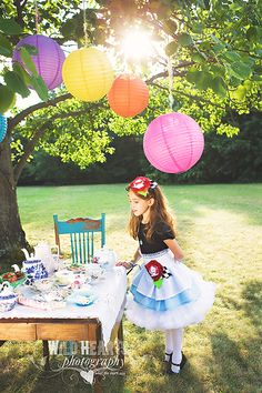 LOVE this alice themed photo shoot