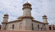 Tomb of Itmad-ud-Daula.