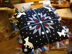 By Swedish renowned wool embroiderer Carina Olsson, my teacher in the beginning… Wool Embroidery, Penny Rugs, Felt Applique, Wool Felt, Fabric Design, Folk Art, Decorative Pillows, Needlework, Diy And Crafts
