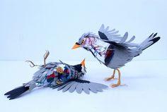 Colombiana cria pássaros de papel com detalhes impressionantes