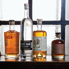 Everything you ever wanted to know about American whiskey: tasting notes, histories, cocktail recipes, and more!