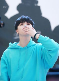 Image discovered by Pxroro. Find images and videos about Ikon, bobby and b.i on We Heart It - the app to get lost in what you love. Chanwoo Ikon, Kim Hanbin, Winner Ikon, Koo Jun Hoe, Ikon Debut, Ikon Wallpaper, Kim Ji Won, Best Kpop, Kim Dong