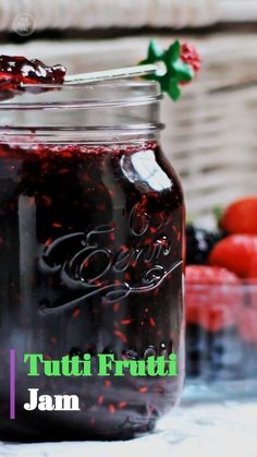 Tutti Frutti Jam (Strawberry, Blackberry, Blueberry & Raspberry) - Fab Food 4 All - Food: Veggie tables Tutti Frutti, Blueberry Jelly, Strawberry Blueberry Jam, Blueberry Compote, Blueberry Syrup, Pectin Recipe, Grape Jam Recipe No Pectin, Canning Cranberry Sauce, Freezer Jam