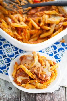 Cheesy Salami Pasta Bake recipe - Quick and easy Salami Pasta Bake recipe is a cheesy pasta and salami recipe that's perfect for a simple dinner that the whole family will love. Love this for a simple, quick and easy family dinner recipe!