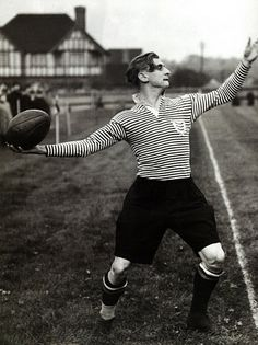 """Prince Alexander """"Sacha"""" Obolensky playing rugby for Middlesex right before II War Vintage Rugby Shirts, Michael Carter, British Lions, The Sporting Life, Australian Football, Popular Sports, Rugby League, Preppy, Photos"""