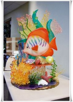 Spun sugar sculpture.  I would love to be able to do this.  Beautiful.