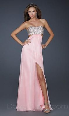 Shop long prom dresses and formal gowns for prom 2020 at PromGirl. Prom ball gowns, long evening dresses, mermaid prom dresses, long dresses for prom, and 2020 prom dresses. Pink Evening Dress, Pink Dress, Evening Dresses, Chiffon Dress, Strapless Dress Formal, Formal Dresses, Dresses Dresses, Dresses 2013, Long Dresses