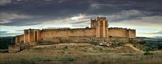 CASTLES OF SPAIN - The Castle of Montalban (Castillo de Montalbán) is a castle in San Martín de Montalbán, province of Toledo, Spain, that stands 100 metres above the Torcón river. The castle has been owned by the Duchy of Osuna since the 15th century and was declared a historic monument in 1931. The Asociación Hispania Nostra has included the castle on the 'Lista Roja del Patrimonio', a list of historic heritage at risk.