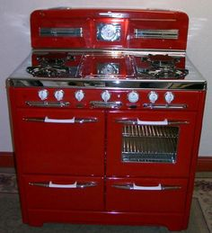 This is my stove. Literally. This is a picture of my stove, as restored by Dream Stoves in Stockton, CA in 2006.