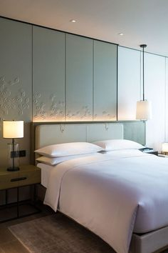 Shenzhen Marriott Hotel Nanshan: Shenzhen hotel accommodations, check rates and availability. Master Bedroom Design, Home Bedroom, Bedroom Ideas, Bedroom Carpet, Master Bedrooms, Bedroom Designs, Bedroom Inspiration, Contemporary Bedroom, Modern Room