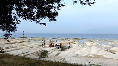 Der Nordstrand Jamaica Beach von Sirmione #GCblogtour13 @Uli ( auf-den-berg.de ) @GardaConcierge