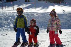 Ski school - teaching toddlers to ski / Bring the kids