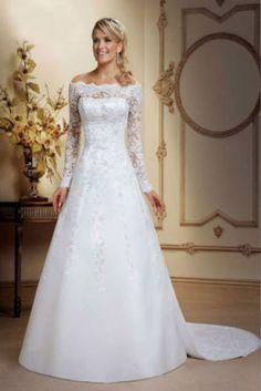 My dream dress! #DreamWeddingDress #CantWaitToBeHisMrs #LoveMyLeo